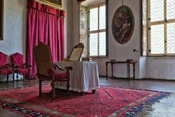 Angesichts der Roten Kammer in der achtzehnten Jahrhundert Villa in Verona