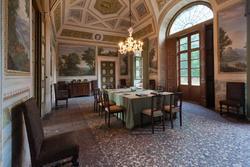 Speisesaal in der achtzehnten Jahrhunderts venetische Villa in Verona