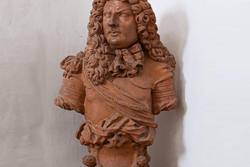 Terracotta bust at the entrance of the eighteenth-century venetian villa
