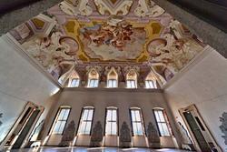 Large living room of the eighteenth-century villa Sagramoso