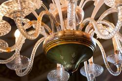 ville venete verona, dettaglio decori di lampadario