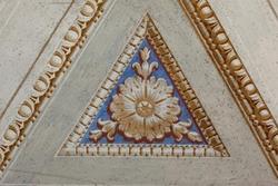 fiore decorato su di una parete in villa veneta